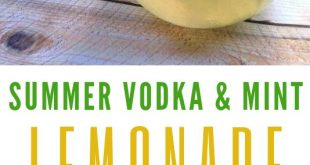Refreshing Summer Drinks: Vodka Mint Lemonade Cocktail With Stoli #Cocktail #SummerDrinks