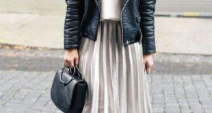 Faltenrock 2019 Damenmode Outfit Trends