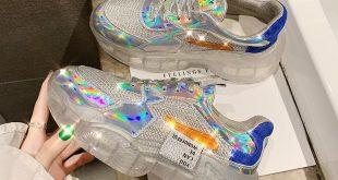 Holo Queen Sneaker - #Holo #Queen #sneaker #summer