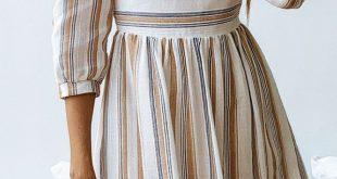 Minimal Stripe Pleated Dress